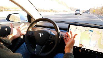 Tesla lanza su propio seguro, el cual tiene en cuenta el comportamiento al volante en tiempo real de los conductores